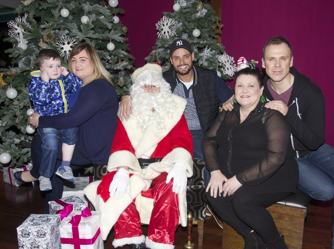 Keith Duffy visits St Munchins Community Centre